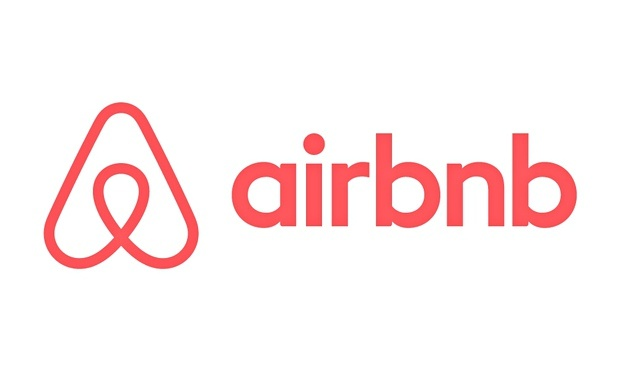 4Airbnbs-new-logo-has-been-010